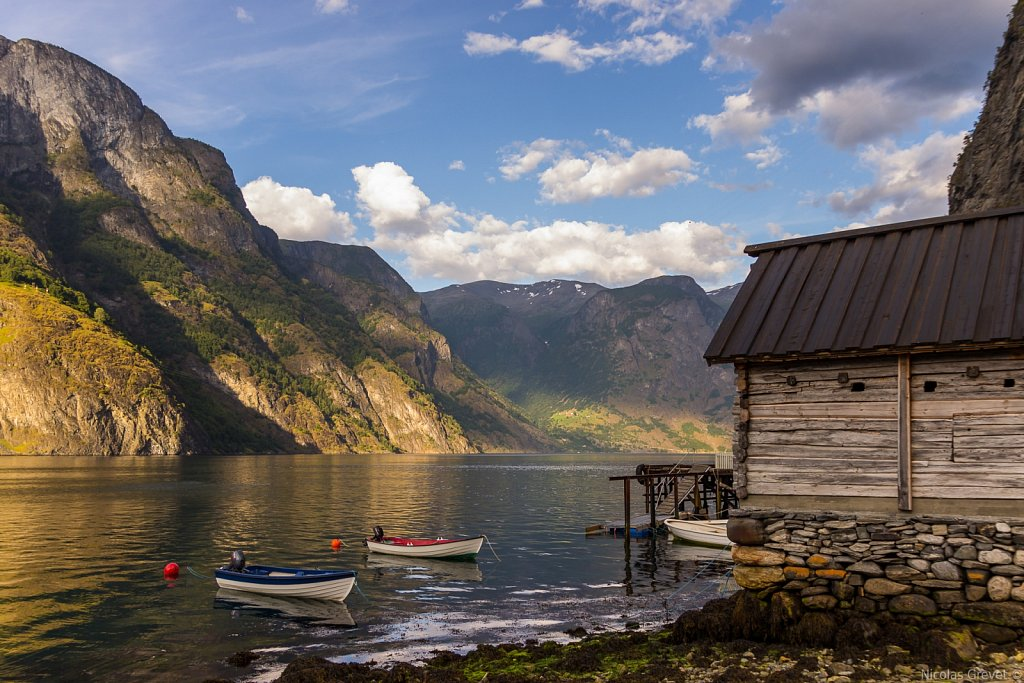 Undredal by the fjord