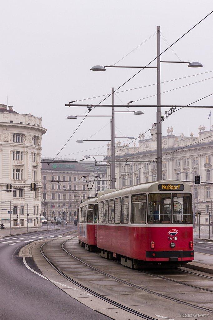 Schwarzenbergplatz Tramway